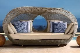 Немного о плетеной мебели