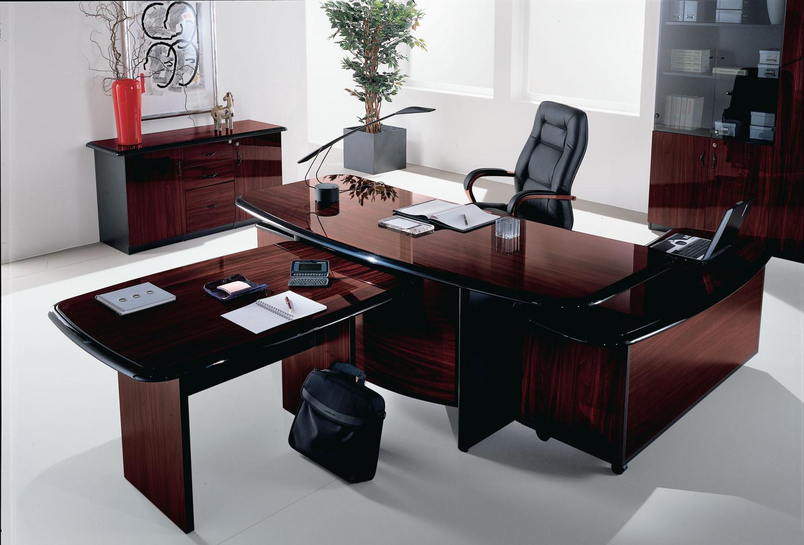 Офисная мебель - столы