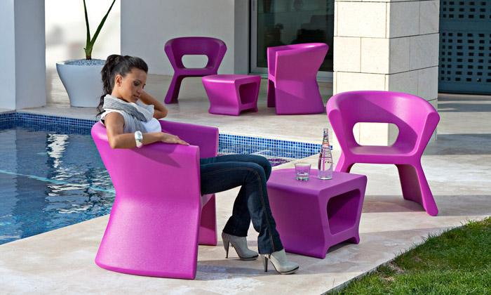 Пластиковая мебель для дома